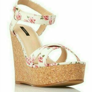 Forever 21 Femme Pink Floral Wedge Sandals 8